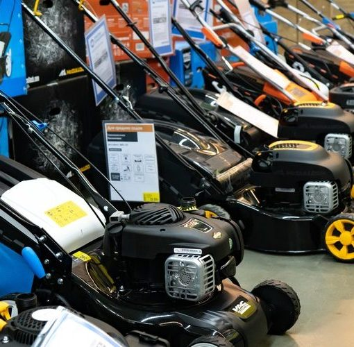 What is the Best Time to Buy a Mower